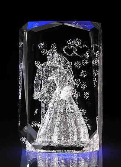 Хрустальный подарок на хрустальную свадьбу
